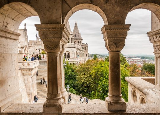 The treasures of Buda and the Danube bridges